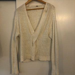 Oversized vneck sweater